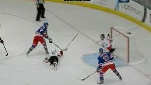 """NHL: """"Рейнджерс"""" проиграли матч, имея 3 шайбы преимущества"""