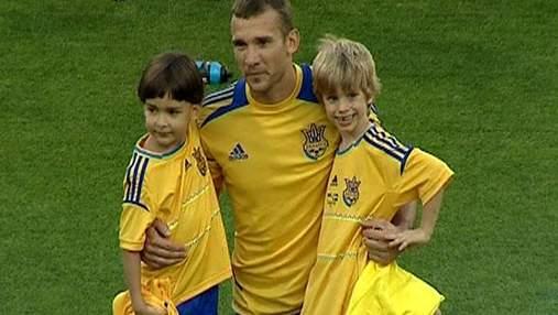 Национальная футбольная сборная провела очередную открытую тренировку в Киеве