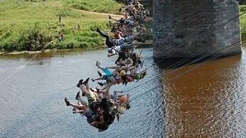 В России одновременно прыгнули 135 джамперов