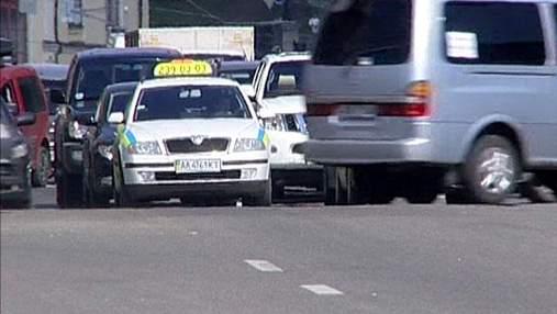 На ЕВРО-2012 в Киеве заработали только нелегальные таксисты