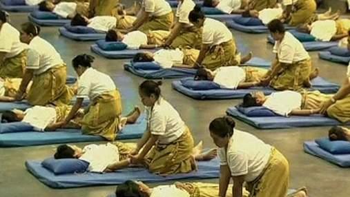 Таиландские массажисты установили рекорд по одновременному сеансу массажа
