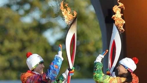 В Кремле олимпийский факел погас (Відео)