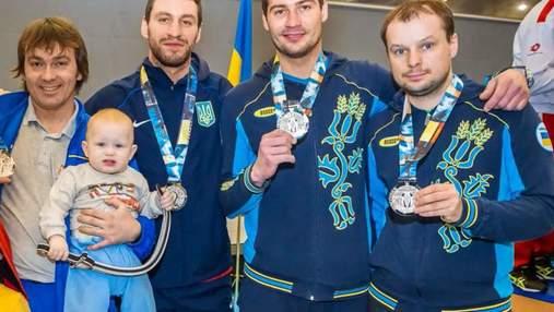 Мужская сборная Украины на шпагах завоевала серебряные медали Кубка мира