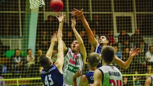 Чемпионат Украины по баскетболу: лидер победил с рекордом