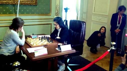 У Львові стартував поєдинок за жіночу шахову корону