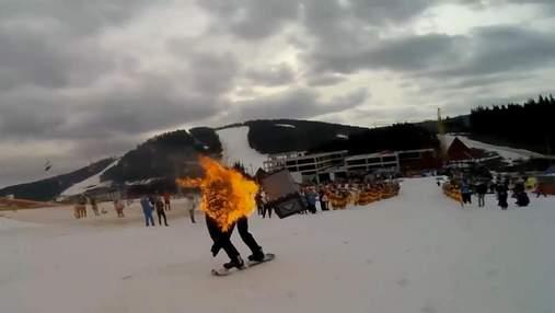 Фестиваль зимових стрибків у басейн відбувся у Буковелі