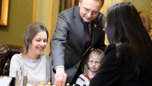 О беспорядке и сознательном саботаже. Украинским шахматистам грозит дисквалификация, – Садовый