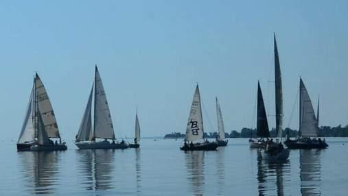 Вражаюче видовище: як відбулися змагання та парад яхт в Черкасах