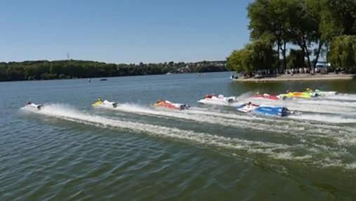 У Тернополі пройшли змагання найшвидших човнів світу