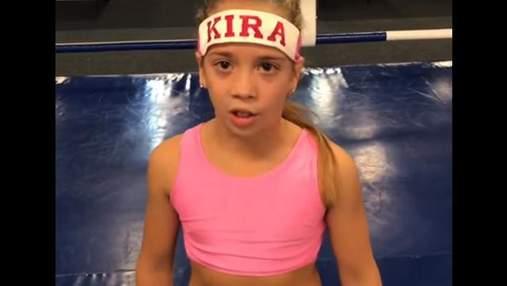 Маленька боксерка записала відеозвернення до Ломаченка перед його боєм із Рігондо