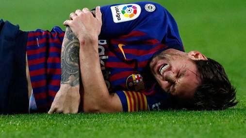 """Месси во время матча сломал руку и впервые за 11 лет пропустит """"Эль Классико"""""""
