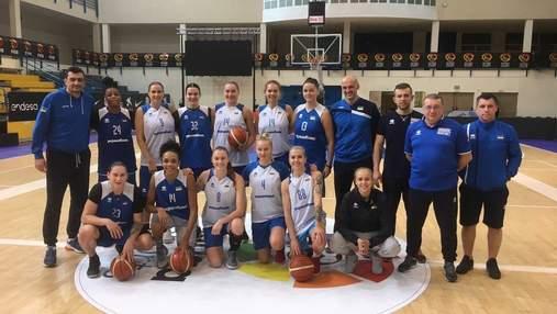 Сборная Украины провела первую тренировку в Испании перед важным матчем: фото