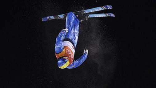 Олимпийский чемпион Абраменко полетал с трамплина перед новым сезоном: видео