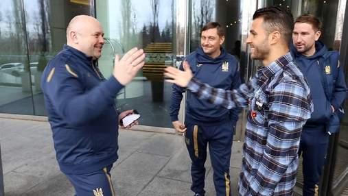 Фото дня: Мораес вперше одягнув форму збірної України