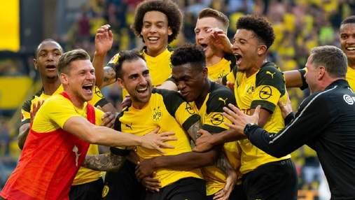 Голубь помешал футболисту подать угловой в чемпионате Германии: забавные фото