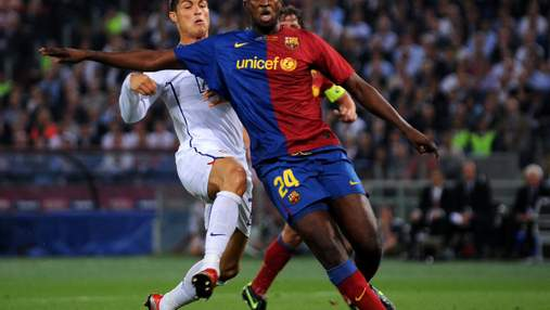 """Екс-гравець """"Барселони"""" пожалівся на расизм в Україні: Всі люди відсіли від батька на стадіоні"""