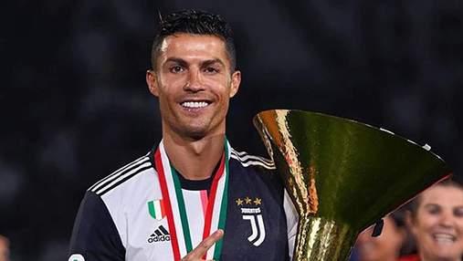 Роналду травмировал своего сына кубком во время празднования победы в чемпионате Италии: видео
