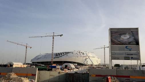 Під час будівництва стадіонів у Катарі до ЧС-2022 загинуло 1400 будівельників з Непалу