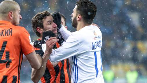 Мораес тепло обійнявся із Срною, а ще два роки тому вони побилися на футбольному полі: відео