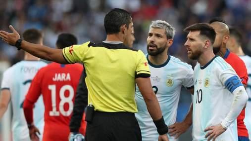 Аргентина в скандальном матче победила Чили на Копа Америка