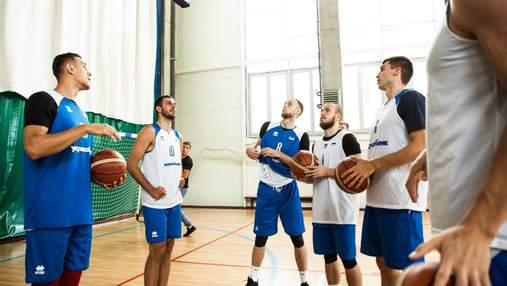 Сборная Украины по баскетболу опустилась сразу на 10 позиций в рейтинге ФИБА