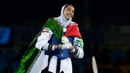 Єдина олімпійська медалістка з Ірану покинула країну з політичних мотивів