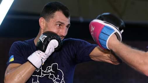Чемпіонський бій українця перенесуть у США через коронавірус