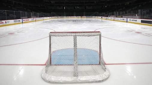 НХЛ может доигрывать свой сезон летом: официальное заявление