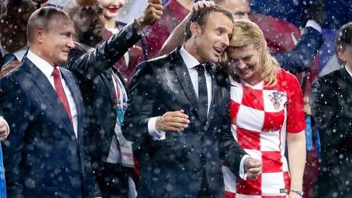 Президент Франції хоче, щоб топ-ліги Європи не відновлювали футбольний сезон