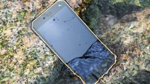 Звичайний смартфон vs захищений: який краще обрати й на що варто звернути увагу