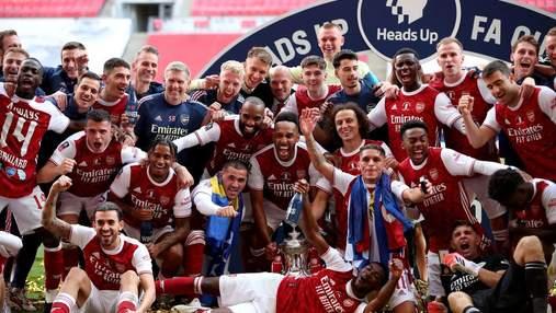 Повторив конфуз Зінченка: Обамеянг впустив і розбив трофей Кубка Англії – відео