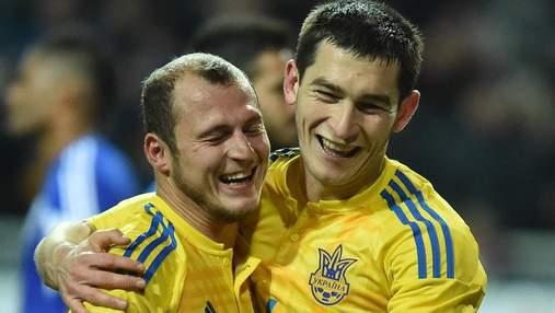 Зозуля подарил футболку главе МИД Кулебе: мы за Украину на футбольных и дипломатических полях