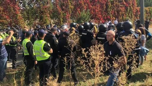 У Києві біля Олімпійського коледжу сталася сутичка спортсменів з правоохоронцями: є постраждалі
