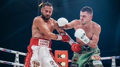 Украинец Денис Беринчик может сразиться за титул WBO, который потерял Ломаченко
