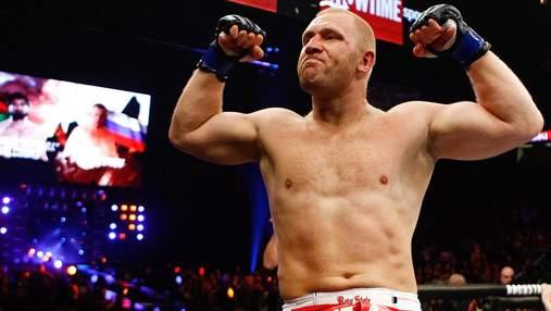 Відомий російський боєць MMA Харітонов відправив британця у важкий нокаут: відео