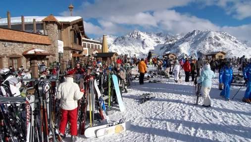 Ажіотаж туристів: в Австрії закривають гірськолижні курорти