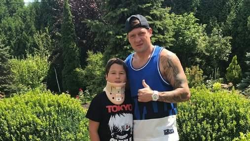 Бил в лоб, нос разбивал: Селезнев рассказал о жестоких методах воспитания сына