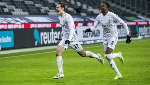 Дивовижний камбек з 0:2 дозволив Боруссії М вирвати перемогу у лідера Баварії: відео