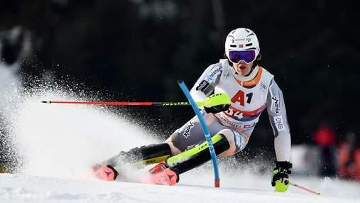 20-річний гірськолижник ледь не загинув, фінішувавши вниз головою: моторошне відео