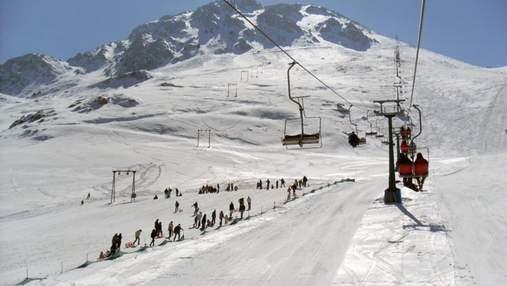 """В """"туристичній столиці"""" Туреччини розпочався гірськолижний сезон: що відомо про курорт"""