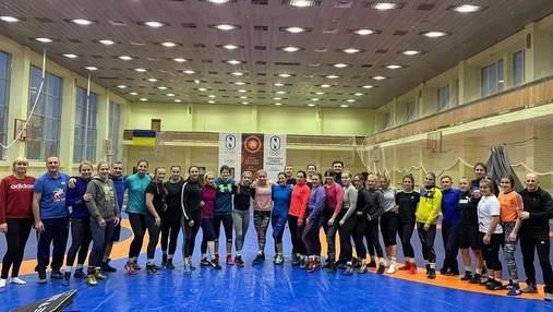 Эксклюзив: как украинские борчихи покоряли чемпионат Украины на пути в Токио