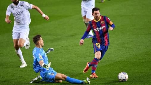 Барселона розгромила аутсайдера Ла Ліги: рекорд Хаві та дубль Мессі – відео