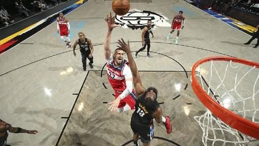 Вашингтон проиграл в НБА, Лень провел результативный матч в сезоне: видео