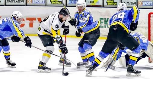 В Украине побили рекорд самого длинного хоккейного матча: видео