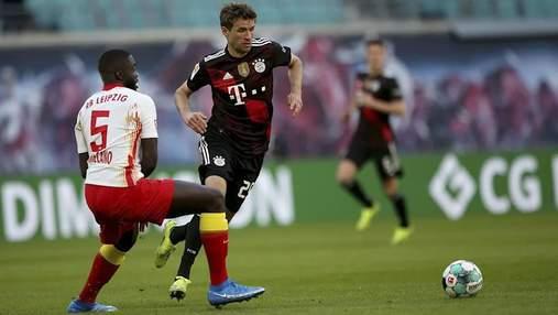 Бавария в напряженном матче победила Лейпциг