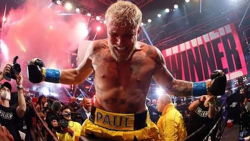 Блогер Пол отправил в глубокий нокаут звезду ММА в боксерском шоу: видео