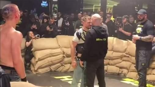 Беринчик встретился с Лобовым и провел дуэль взглядов: видео