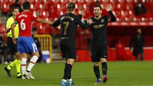 Барселона благодаря голам Гризманна одолела Вильярреал и догнала Реал: видео