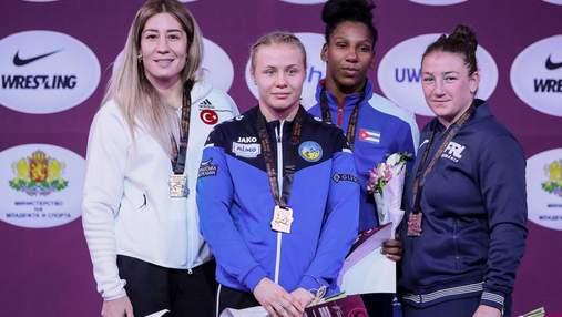 Украинские борцы завоевали три медали в Болгарии, Белинская – чемпионка турнира
