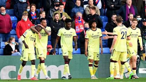 Арсенал вырвал победу у Кристал Пэлес, забив два гола на последних минутах: видео